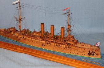 Модель крейсера Аврора.