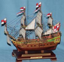 Готовая модель ручной работы корабля Орёл, 3.